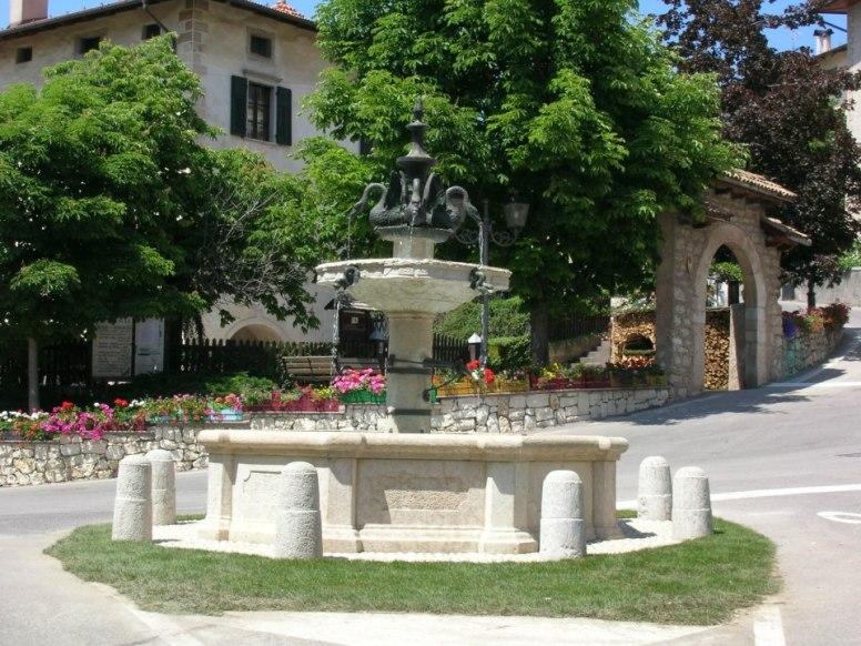 Fontana dei Cigni
